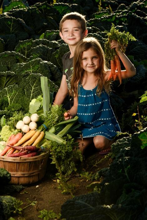Bozeman Portrait Photography Gallatin Valley Botanical Farm kids veggies